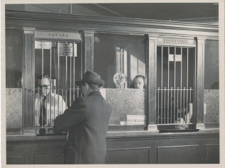 1950 Bank Teller Transaction at Delaware National Bank